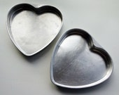 Heart-shaped cake pan: Set of 2