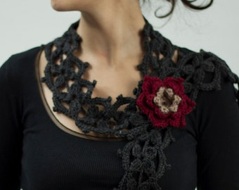 Grey scarf crochet necklace with flower