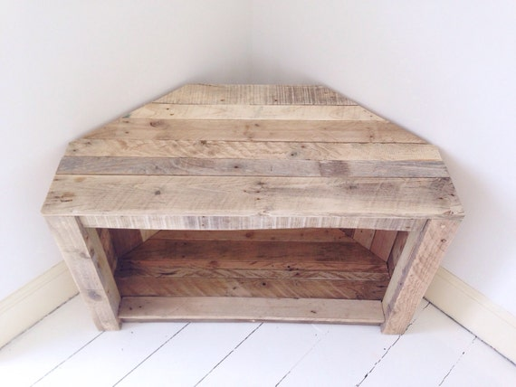 Handmade rustic corner table tv stand by remydicksondesigns for Table tv bois