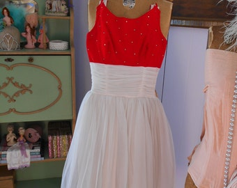 1950's Fairy Tale Princess Prom/Party Dress White and Red