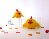 Easter Chicken - knitting pattern (knitted round)