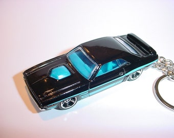 3D 1971 Dodge Challenger R/T custom keychain by Brian Thornton keyring key chain finished in black color trim diecast metal body