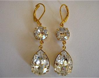 Swarovski Clear Crystal Earrings, wedding earrings,  bridal earrings, teardrop earrings, bridesmaid earrings, bridesmaid gift, diamond cut