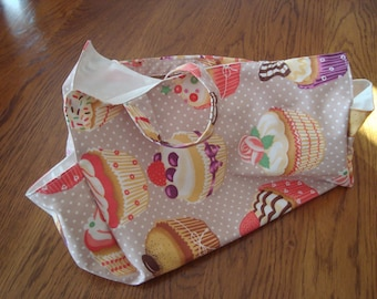 handbag cake in cotton patterned very practical to store a cake or to offer