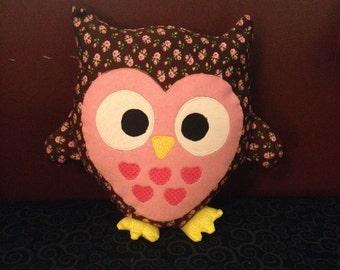 "9"" Plush Owl Pillow"