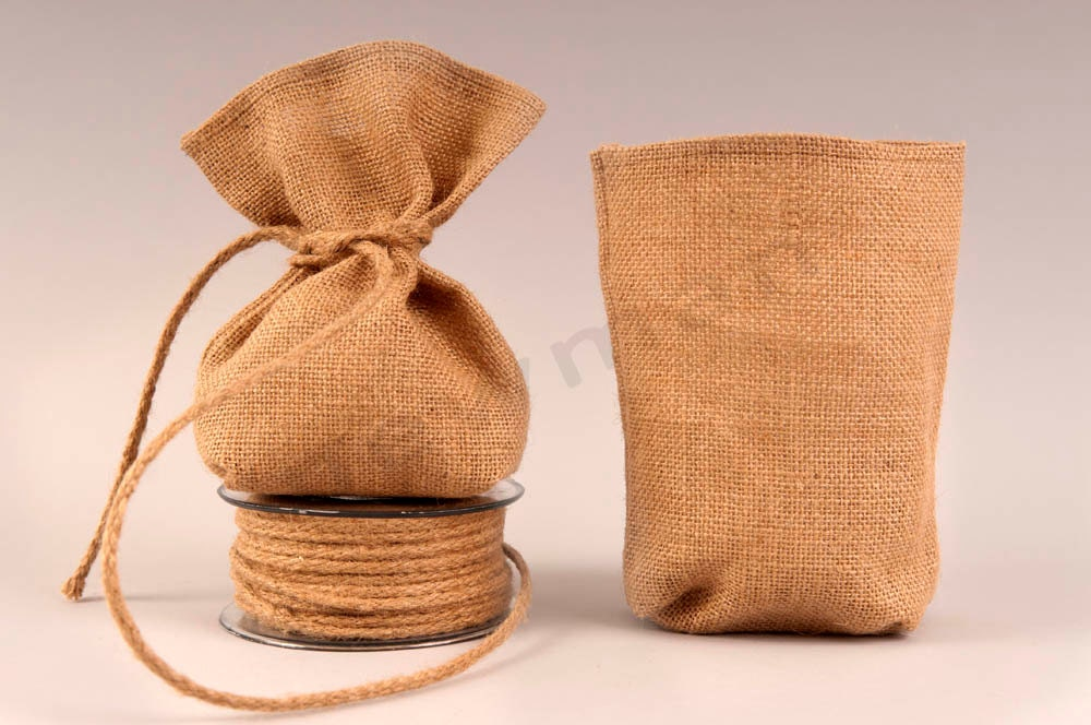Set of 100 Burlap favor bags by TwoBeWed on Etsy