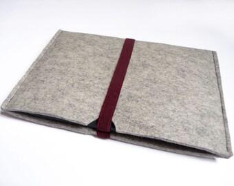 Eco wool felt case for ebook readers light grey with burgundy elastic