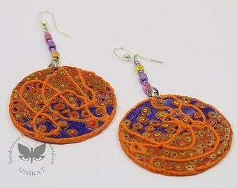 Earring in orange and violett Unique