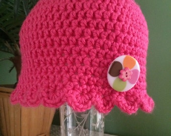 Toddler girl's crochet cloche with bottom trim