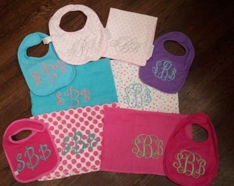 Personalized bib and burp cloth name initial set - Applique, Customized, Embroidered