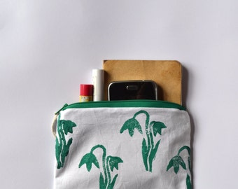 Hand printed hand made zip purse / zip pouch / coin purse / clutch / Block printed spring snowdrop design
