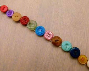 Happy and colorful button bracelet B0009