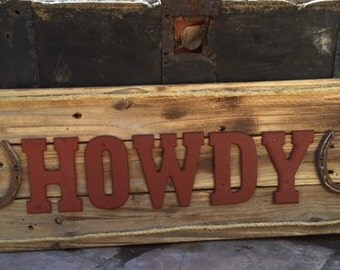 Rustic Welcome/Howdy Sign