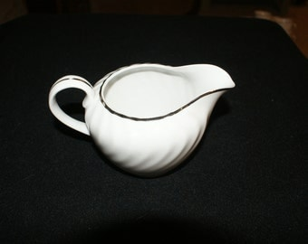 Norleans Estate Creamer and Sugar Bowl with Lid