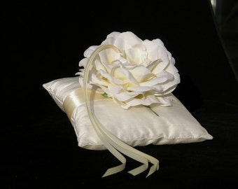 Ring Pillow Cushion Bearer Natural Silk - Rose Creme