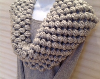Bubble Wrap Cowl