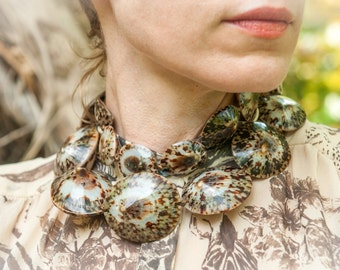 "Gorgeous 36"" Opihi Shell Statement Necklace"
