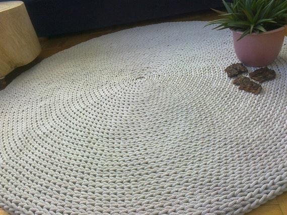 turno tappeto tappeto all 39 uncinetto arredamento. Black Bedroom Furniture Sets. Home Design Ideas