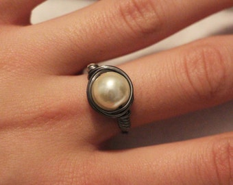 White Pearl Gun Metal Wire Wrapped Ring Jewelry, Wire Glass Bead Ring, Any Size