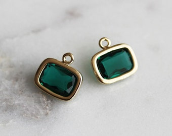 A2-057-G-EM] Emerald Green / 9 X 7mm / Gold plated / Rectangle Glass Pendant / 2 pieces