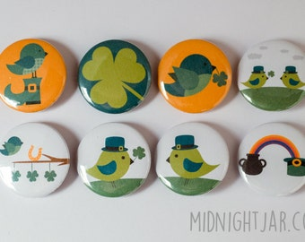 St Patrick's Day set of 8 button badges (25mm) featuring birdies and shamrocks