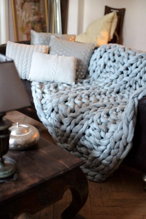 hnliche artikel wie riesige decke klobige gestrickte decke 100 merino wolle decke wolldecke. Black Bedroom Furniture Sets. Home Design Ideas