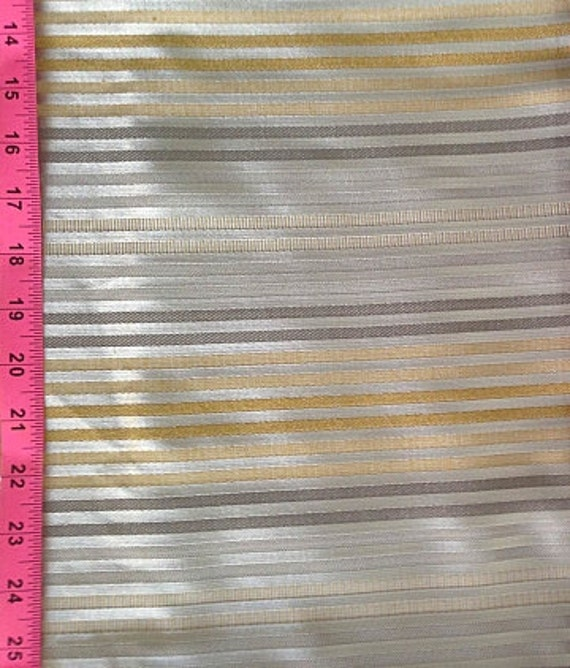 Elegant Small Stripe Patterned Fabric In Gray Silver