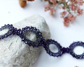 "glamorous ""purple circle"" bracelet"