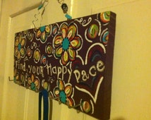 """Runner Medal Holder """"Find Your Happy Pace"""""""