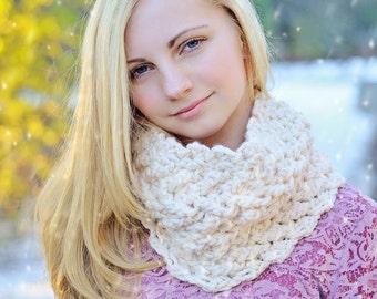 Artemis Cowl Crochet Pattern - Beautiful Texture Bulky Weight