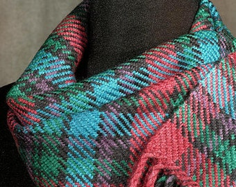 Handwoven merino wool scarf / winter scarf / plaid scarf