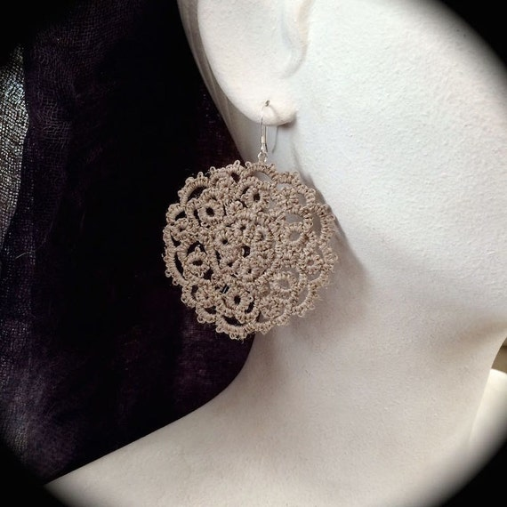 https://www.etsy.com/listing/223906652/tatted-lace-earrings-medallions-large