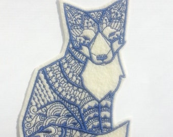 Tribal Fox Iron On Patch Applique in Cream Felt and Navy Embroidery Thread - halloween patches - fox patch - embroidered patch