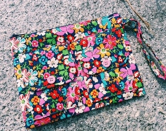 Lytton Blue Floral Wallet Wristlet, Fabric Wristlet Wallet, iPhone Wristlet, Accessories Fabric  Wallet, 144collection