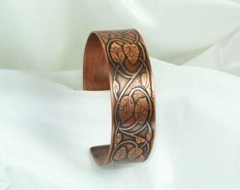 Copper Cuff - Budding Vine - Ladies M  Bracelet