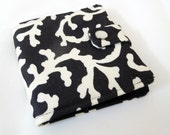 Black and Cream Bifold Womens Wallet
