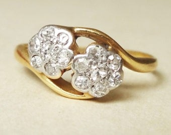 Art Deco Double Daisy Flower Ring, Vintage Diamond and 14k Gold Engagement Ring Approx. Size US 5