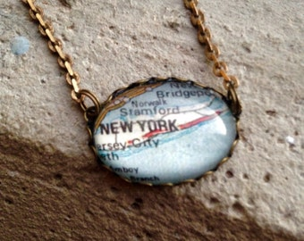 Long Island Oval Glass Map Necklace // collectable vintage style map necklace - Long Island Map Jewelry