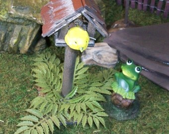 Fairy Garden bird house with frog and tree stump