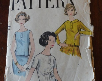Vintage 50s Vogue 9534 Misses Top Blouse Sewing Pattern size 14 B 34