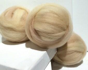 White Sand wool Roving, wool top, Needle Felting wool, Spinning Fiber, Vanilla, beige, tan, neutral, sand, pale beige roving