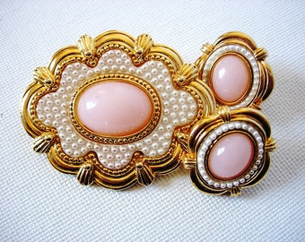 Lovely Vintage Demi Parure Brooch and Earrings