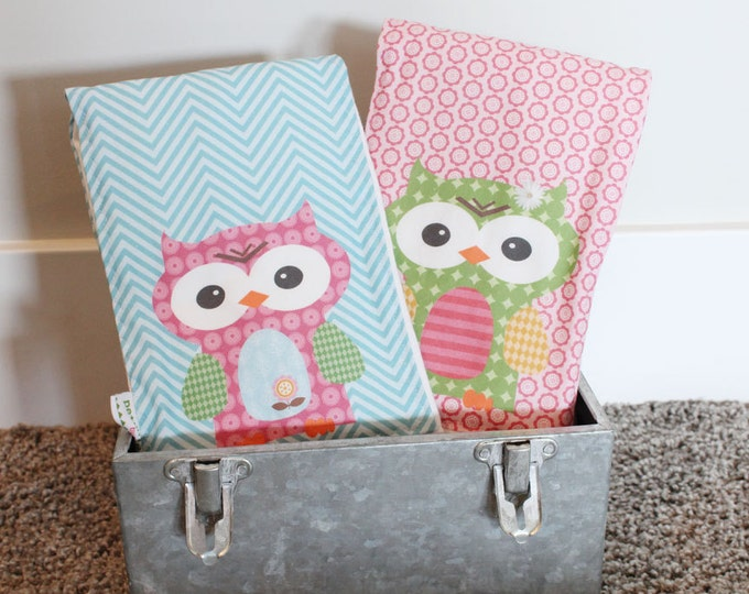 Owl BURP CLOTH set 2 hipster modern baby gift exclusive personalized spit rag baby gear newborn gift shower present PETUNIAS