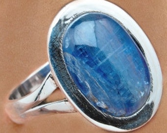 Sale: Sterling Silver Ring with Blue Kyanite Size 8-1/2