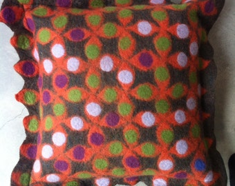 brown/orange cartwheel pillow