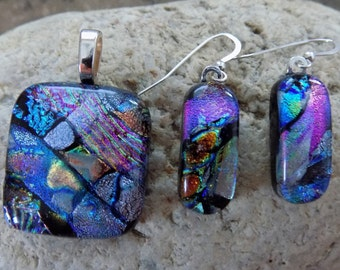 Mosaic Mult Color Layers Fused Dichroic Art Glass Jewelry Matching Earrings Pendant Set
