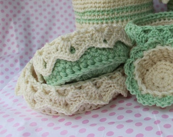 Crochet Basket Pattern for Short Basket with Drop Over Eyelet Lace - Organizing Basket - Wedding Baby Gift - No. 83