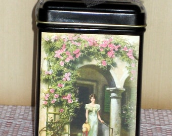 Vintage Garden Tea Tin