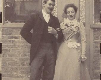 vintage photo 1899 Rose Walton Arm in Arm w Gentleman United Kingdom