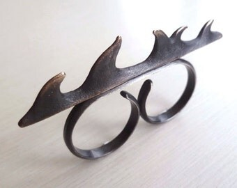 Thorn Knuckle Duster - Antiqued Knuckle Duster - Bronze Knuckle Duster - Rustic Knuckle Ring - Spiked Knuckle Ring - Made In Brooklyn